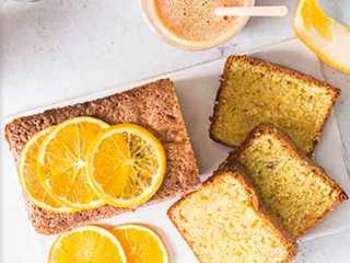 Cake met sinaasappelschillen